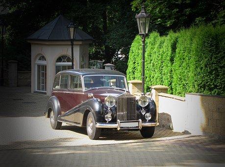 wypożyczalnia eleganckich samochodów luksusowych w Warszawie
